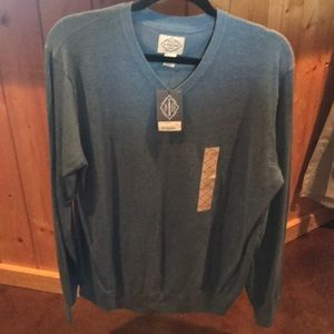 St Johns Bay sweater size large